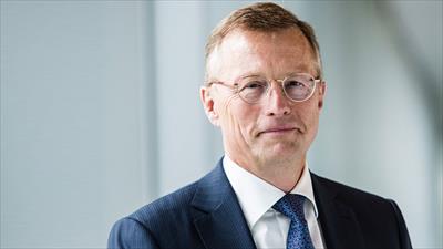 Unilever Chairman steps down