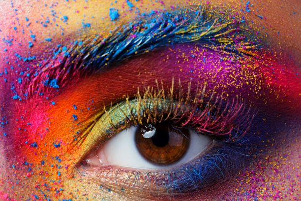 New effect pigments for cosmetic formulations